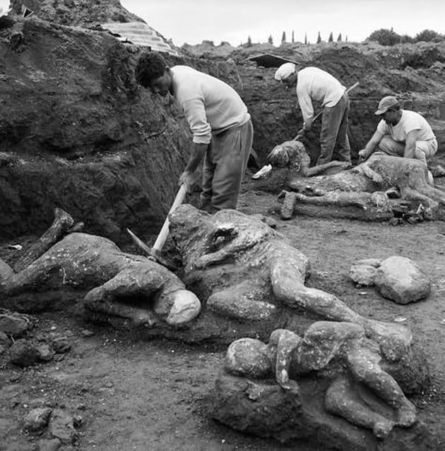 pompeii-excavation-تاریخ