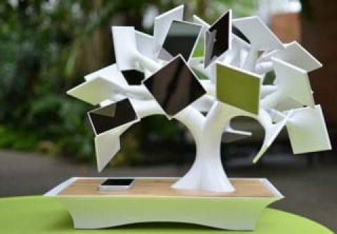 یک بونسای خورشیدی برای شارژ گجت هوشمند