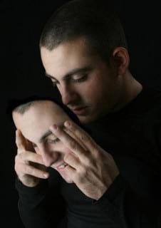آسیب شناسی دروغگویی بر سرمایه اجتماعی در جامعه