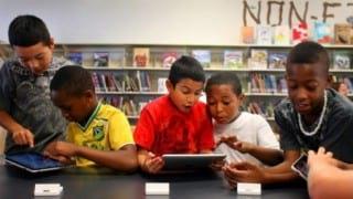 iPad-engaging-the-students