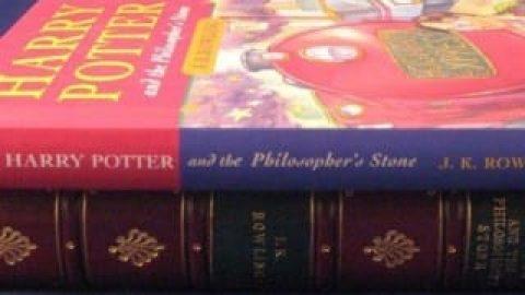 یک نسخه از چاپ اول کتاب هری پاتر ۱۷۶ هزار یورو فروش رفت