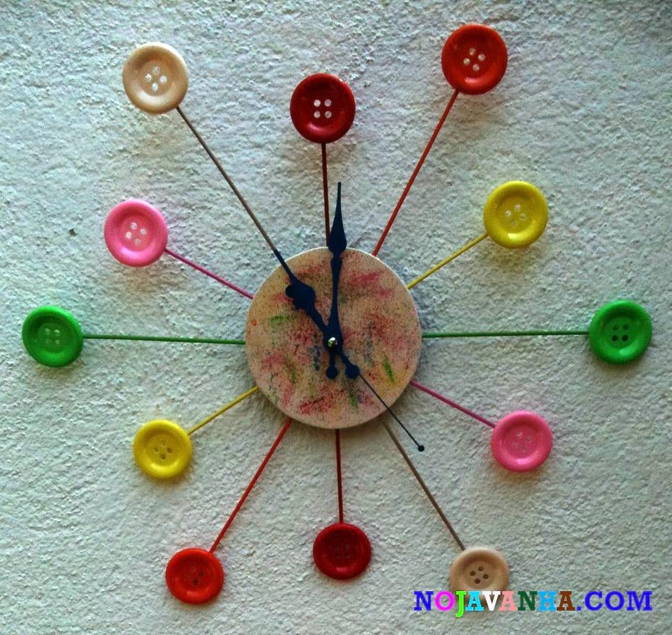 کاردستی با جای دارو ساعت دیواری با چوب بستنی