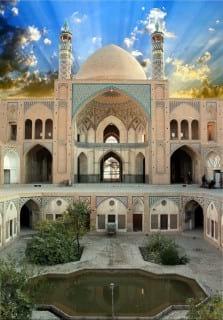 14آثار-Agha-Bozorg-Mosque