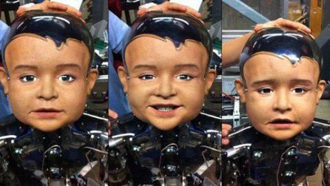 ربات کودک