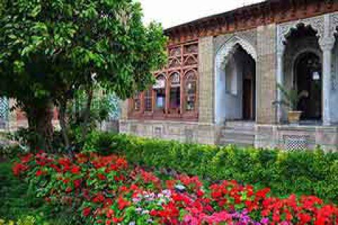 گنجینه مشاهیر فارس در خانه زینت الملک قوامی شیراز
