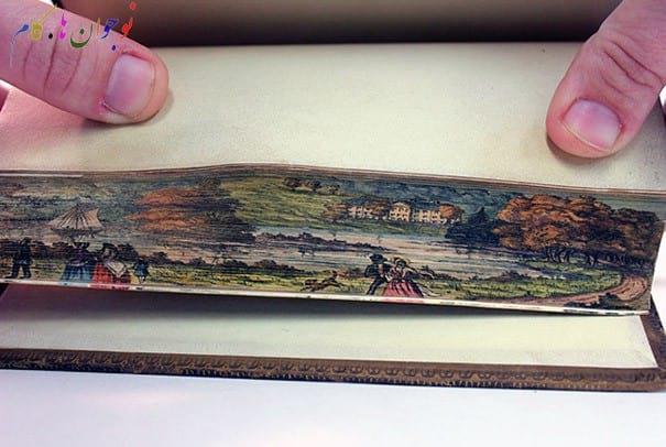 نقاشی بر لبه کتابها