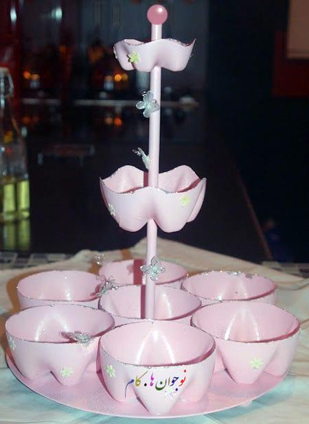 ظرف شیرینی خوری زیبا با بطری نوشابه