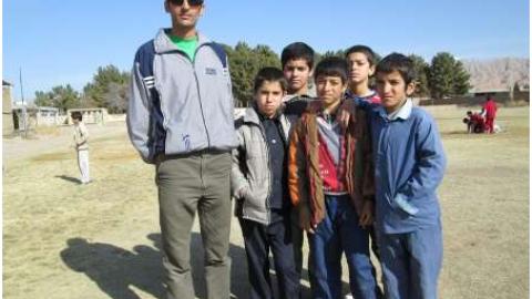 معلم اسفراینی جان خود را سپر بلای دانش آموزانش کرد
