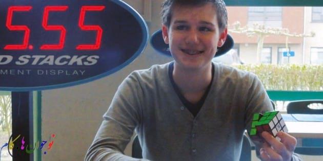 نوجوان 17 ساله رکورد دار مکعب روبیک