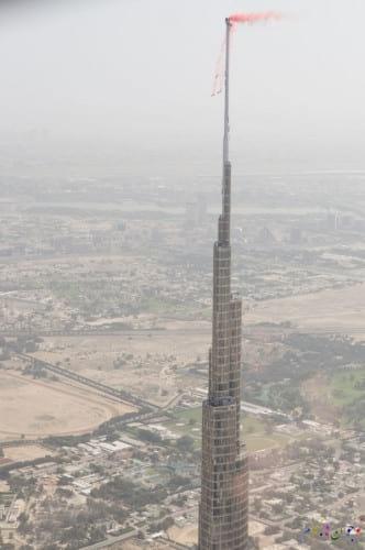 پرش از بلندترین برج دنیا (1)