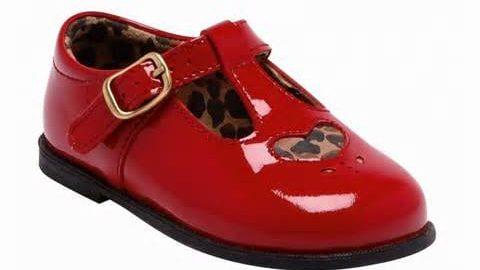کفش قرمز