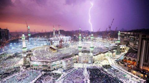باران رحمت بر مسجدالحرام