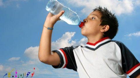 عجیب اما واقعی؛ آب خوردن زیادی قاتل شما می شود!