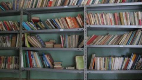 کتابخانه کودکان دیروز در اختیار کودکان امروز