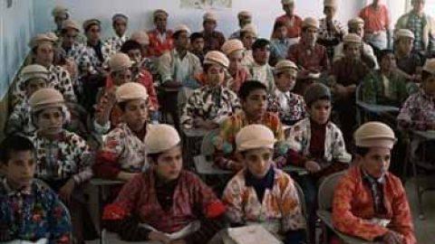 خداحافظی ۲۰۰ دانش آموز شهر دزفول با مدرسه چادری