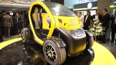 خودروی دو سرنشین برقی دانشگاه آزاد قزوین رونمایی شد