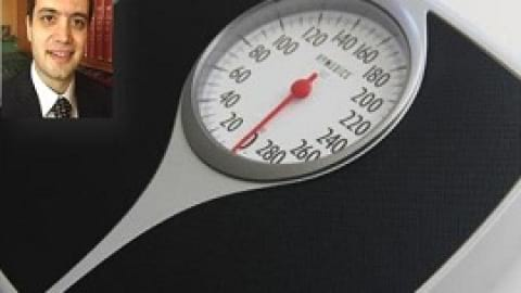 اثبات تأثیر وزنهزدن در کاهش چربی دور شکم با همکاری محقق ایرانی