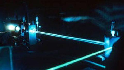 کاربردهای لیزر در علم پزشکی
