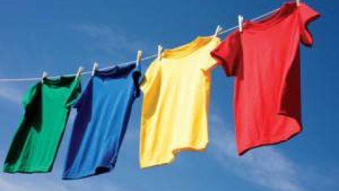 از خشک کردن لباس در داخل اتاق بپرهیزید