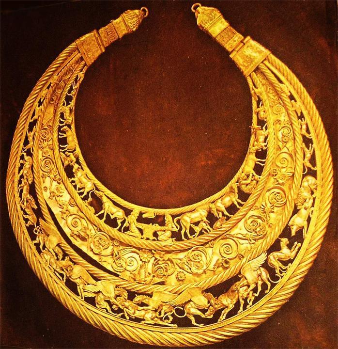 نزدیک تر ببینیم (3) گردن آویز طلای سکاها