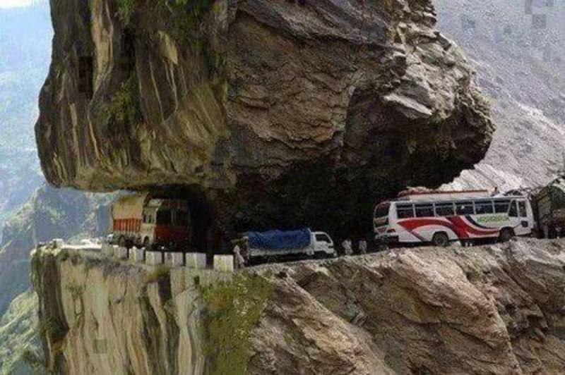 جاده های خطرناک (7)