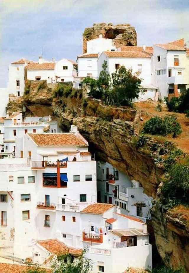 شهر صخره ای (13)