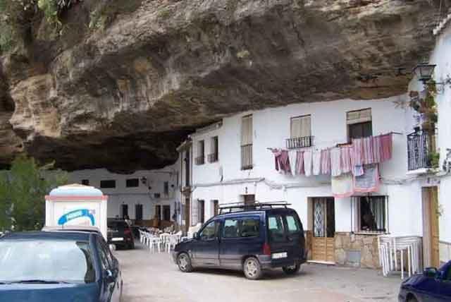 شهر صخره ای (14)
