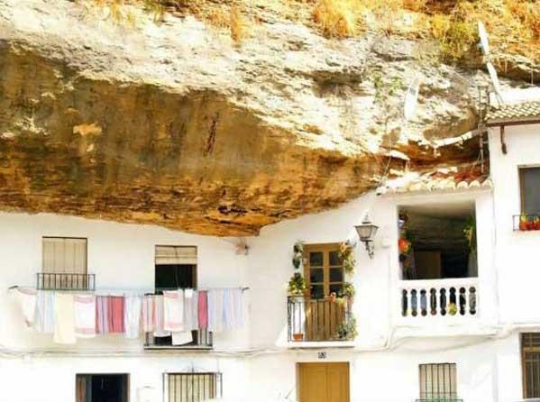 شهر صخره ای (15)