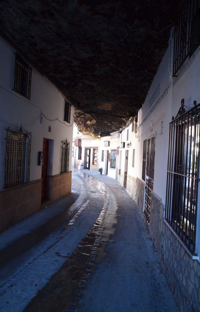 شهر صخره ای (2)
