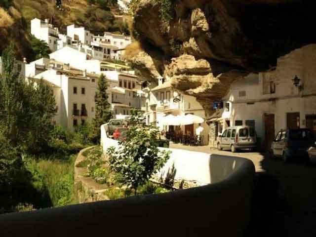 شهر صخره ای (24)