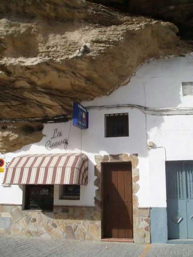شهر صخره ای (7)