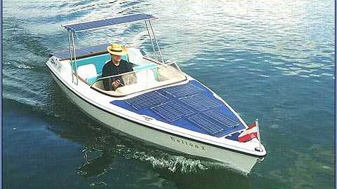قایق خورشیدی
