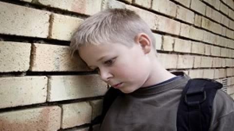 تلفن های هوشمند نوجوانان را در معرض خطر افسردگی قرار می دهد