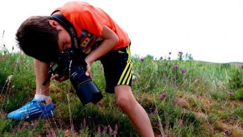 کارلوس پرز ناوال ۹ ساله، جوانترین عکاس حیاتوحش