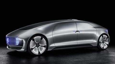 مرسدس بنز این بار با خودرویی بدون راننده قدرت نمایی می کند!