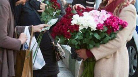 دختر گل فروش میدان تجریش سوژه شد