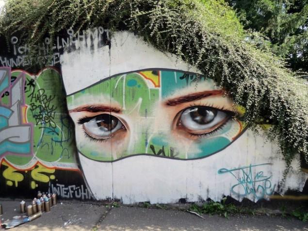 نقاشی روی دیوار (15)