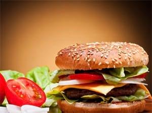 عادات نامطلوب تغذیه ای تهدیدی برای سلامتی کودکان و نوجوانان