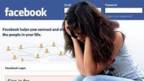 مشاهده علایم افسردگی در کاربران فیسبوک