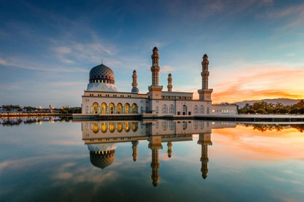 Sunrise over Masjid Bandaraya Likas in Kota Kinabalu, Borneo.