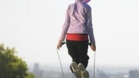 ۱۰ دقیقه زندگی با طناب
