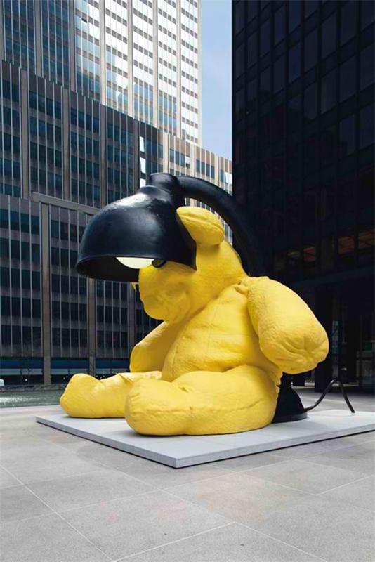 مجسمه برنزی خرس عروسکی