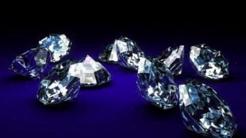 تشخیص سرطان در مراحل اولیه به وسیله الماس