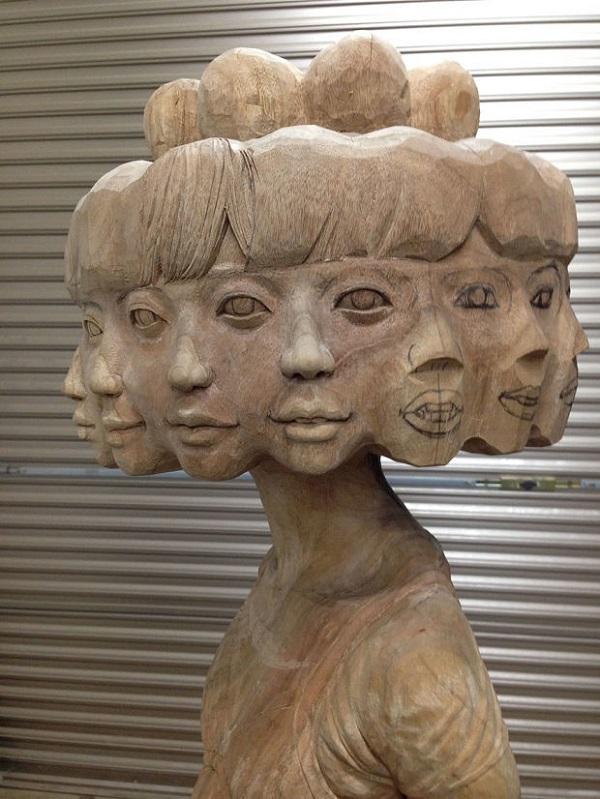 دختری با دوازده چهره (2)
