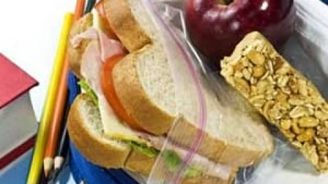 تغذیه های مقوی برای مغز دانش آموزان