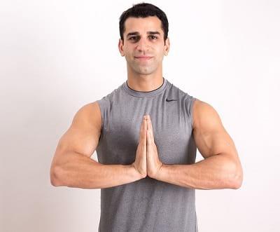 حرکات ورزشی مخصوص قدرتمند شدن شانه ها  (2)