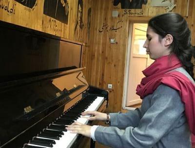 نواختن موسیقی؛ 14 فایده برای مغز