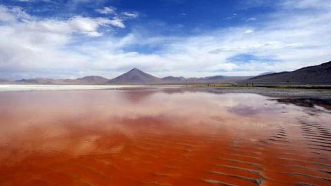 کجارو؛ ۱۰ دریاچه عجیب از سراسر دنیا