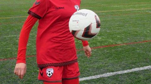 لباس فوتبال برای زنان مسلمان