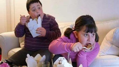 نکاتی که به والدین کمک می کند بهتر با دیابت نوجوانشان کنار بیایند